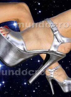 http://articulo.mercadolibre.com.ar/MLA-620436541-alucinantes-sandalias-con-plataforma-no-de-acrilico-35-al-40-_JM