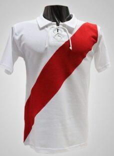 http://articulo.mercadolibre.com.ar/MLA-596602822-camiseta-de-futbol-retro-de-river-_JM