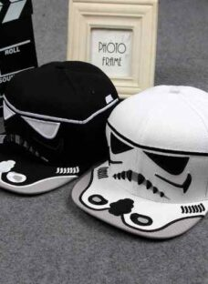 http://articulo.mercadolibre.com.ar/MLA-623990342-gorra-vicera-star-wars-trooper-unicas-_JM