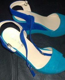 http://articulo.mercadolibre.com.ar/MLA-606380722-hermosas-sandalias-importadas-oferta-_JM