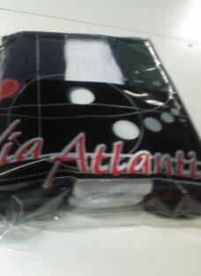 http://articulo.mercadolibre.com.ar/MLA-617052439-pack-x-5-docenas-medias-tubo-toalla-via-atlantis-_JM