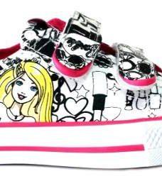 http://articulo.mercadolibre.com.ar/MLA-610960369-zapatillas-para-pintar-barbie-original-addnice-mundo-manias-_JM