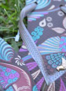 http://articulo.mercadolibre.com.ar/MLA-608010013-ojotas-havaianas-slim-royal-con-aplique-originales--_JM