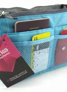 http://articulo.mercadolibre.com.ar/MLA-611082861-organizador-de-carteras-o-bolsos-sobre-celeste-rojo-manijas-_JM